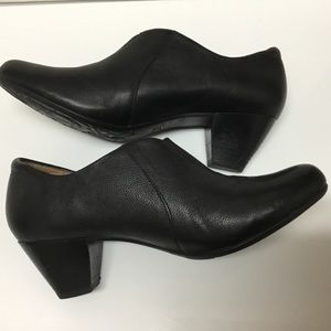 Taos black leather shootie / half shoe and boot